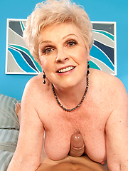 Aged dissolute Jewel sucking cock