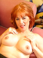 Housewife whore really knows how to wax a cock!