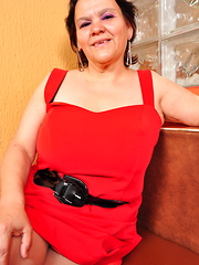 This naughty Latin housewife loves to play with herself