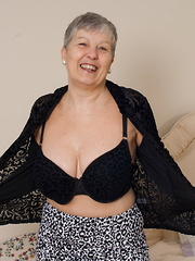British big breasted mature lady getting naughty