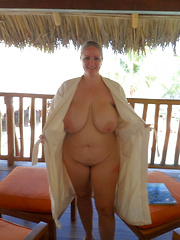 Fat older women undressed for anybodys eyes