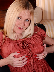Horny big breasted American housewife playing alone