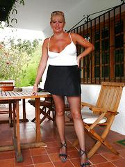 Sexy Sue Following